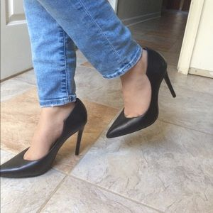 Kendall & Kylie Shoes - Kendall and Kylie Abi Pump