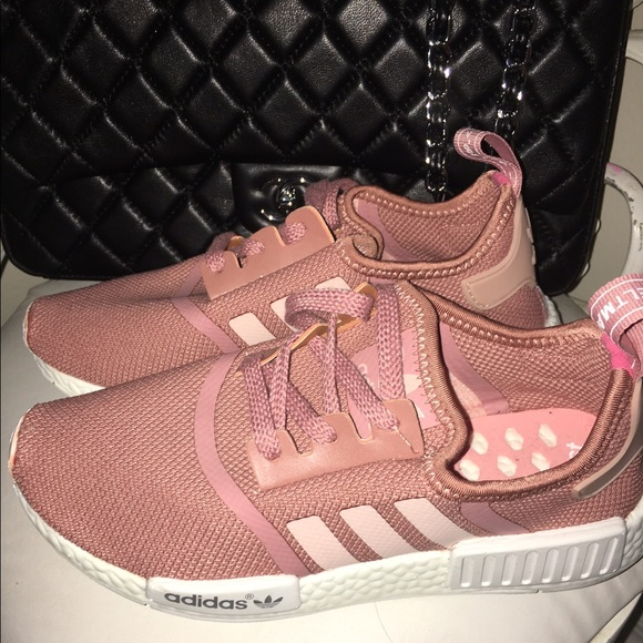 Adidas NMD R1 Black Pink hopewontpaythewages.co.uk
