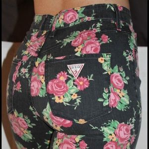New women's GUESS vintage rose print jeans