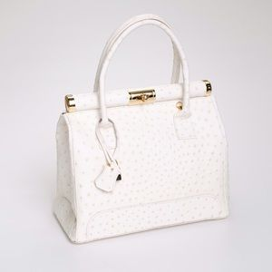 Handbags - Giada Pelle brand new Italian leather handbag. 8299dbdef6e32