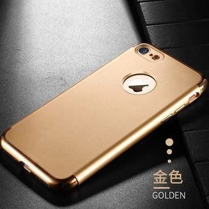 Accessories - NWT Gold iPhone 6/6s Case