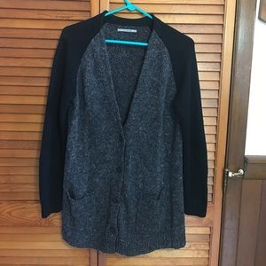 Rubbish button pocketed cardigan sweater Large