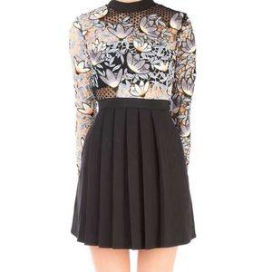 Dresses & Skirts - NWT s- portrait style dress