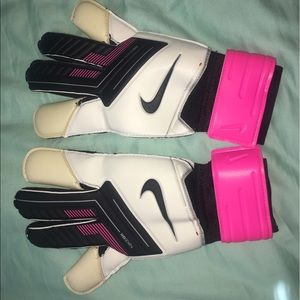 Nike Goalie Gloves - Grip 3 - Size 9