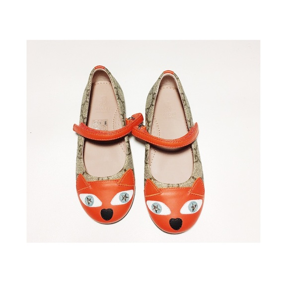 3896eb406eb Gucci GG Supreme Toddler Girl Shoes With Cat Face