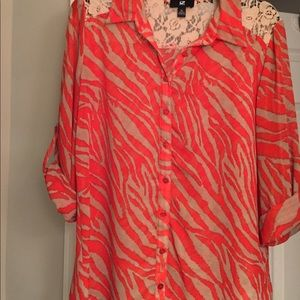 Junior's Hot Orange/Tan blouse/top XL, fits like L