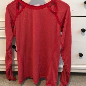 Red lulu long sleeve top, size 6