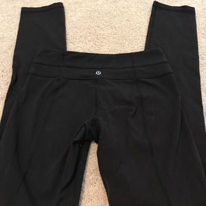 Lulu leggings size 6, black EUC