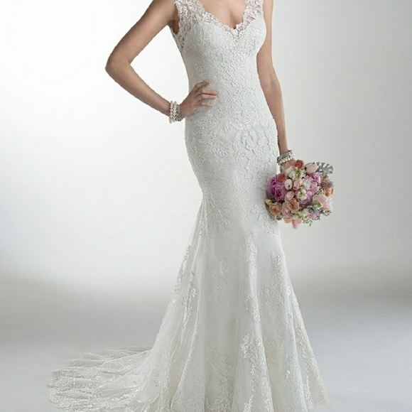 35 off maggie sottero dresses skirts maggie sottero for Who sells maggie sottero wedding dresses