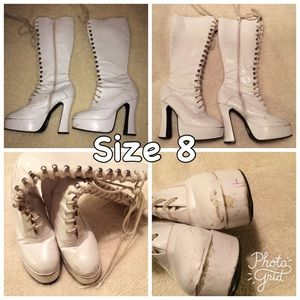 Shoes - Lace up boot size 8