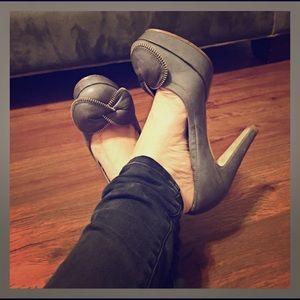 SEE BY CHLOE Zipper Bow Platform Heels