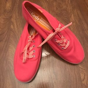 New Coral Pink Keds Champion Size 8