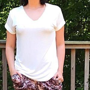 Tops - NEW Loose Fit VNeck Girlfriend T-Shirt Short Sleev