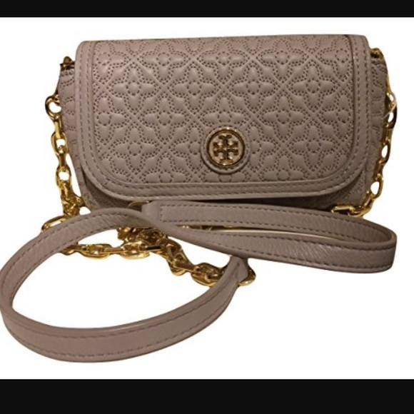 9c51d01d9a13 🆕Tory Burch Bryant quilted small Crossbody bag.