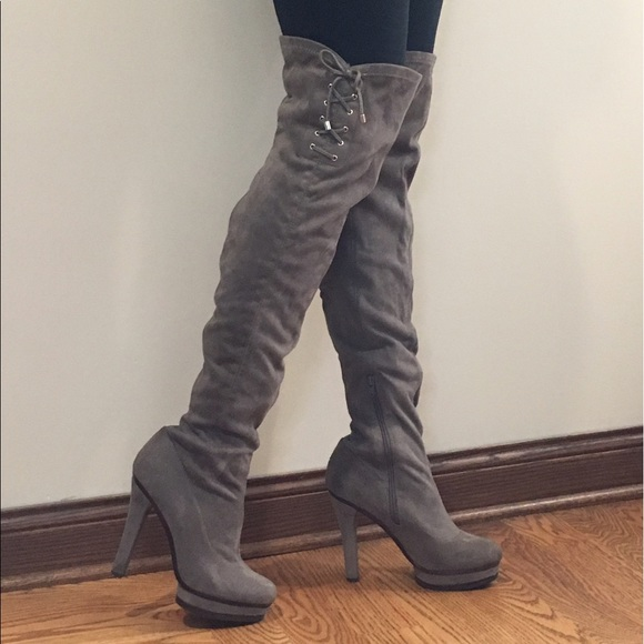 662863cc189 Jennifer Lopez Shoes - Over-the-knee Jennifer Lopez - grey suede boots