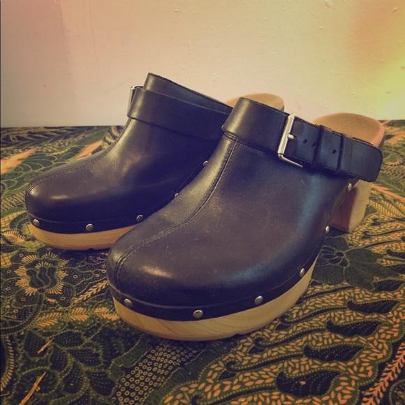 78b6d066e365 Clarks Shoes - Clarks Ledella York leather clogs