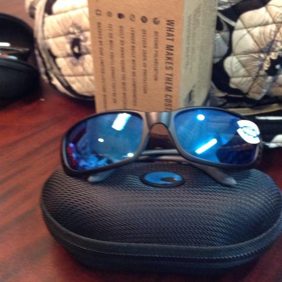 3c27ff83686e Costa Del Mar Accessories | Costa Brine 400g Black With Blue Mirror ...