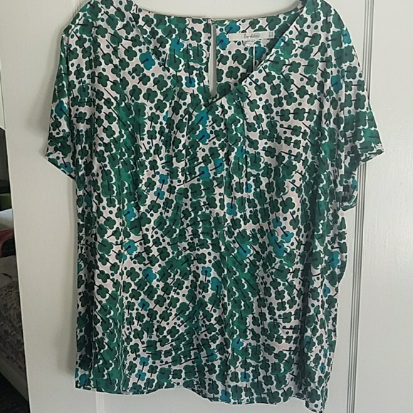 50 off boden tops boden ravello top nwt size 16 from christina 39 s closet on poshmark. Black Bedroom Furniture Sets. Home Design Ideas
