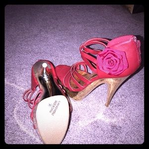 Shoes - Brand new red platform heels with gold accents