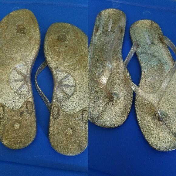 Old Navy Glitter Flip Flops   Poshmark