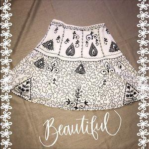 Dresses & Skirts - Fancy 💐White Embroidered Skirt
