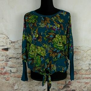 Fig and Flower Anthropologie M Teal Floral Batwing