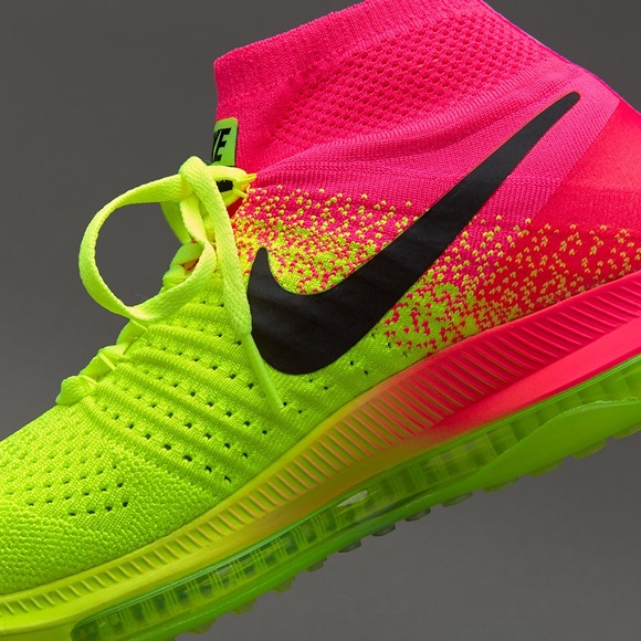 4613d6aa943a4 Women s Nike Zoom All out Flyknit OC NEW 845717