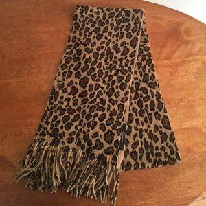 Cheetah Scarf NWOT!