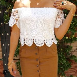 Tobi Tops - Lace off shoulder