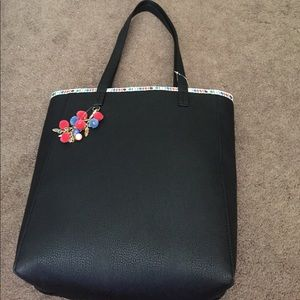 Handbags - Black shoulder bag with Pom Pom keychain