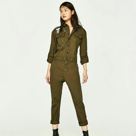 3244c7b7636d Zara Pilot Snoopy Olive Jumpsuit