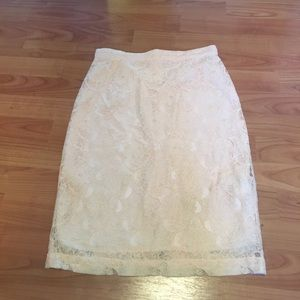 Blush lace h&m pencil skirt with gold zipper