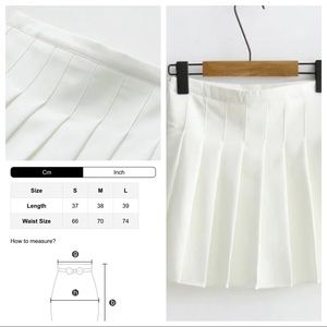 Dresses & Skirts - Woman's Skirt with shorts