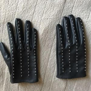 Accessories - Studded faux leather gloves