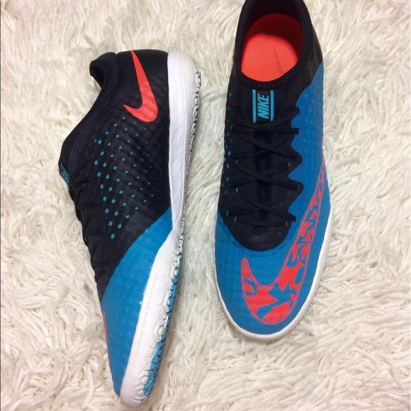 Nike Shoes - NIKE ELASTICO FINALE III INDOOR SOCCER SNEAKERS