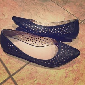 Black leather cut out flats