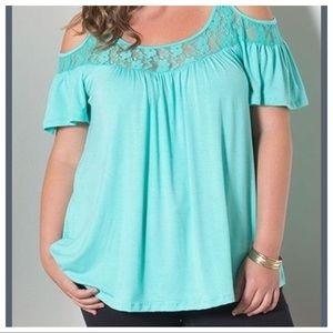 Tops - Woman's Plus Size Shirt