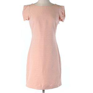 Super cute pink dress!