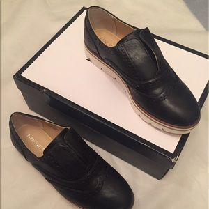 Womans Size Nine In Boys Shoes Is