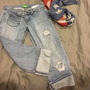 Abercrombie cropped jeans🌸