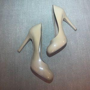 Jessica Simpson Calie Round Toe Nude Heel