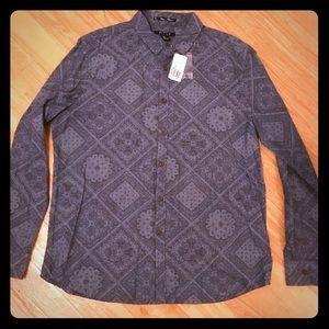 Forever21 Men's Paisley Print Button-down Shirt.