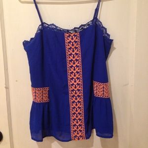 NWT Embroidered Tank Skies are Blue Size Large