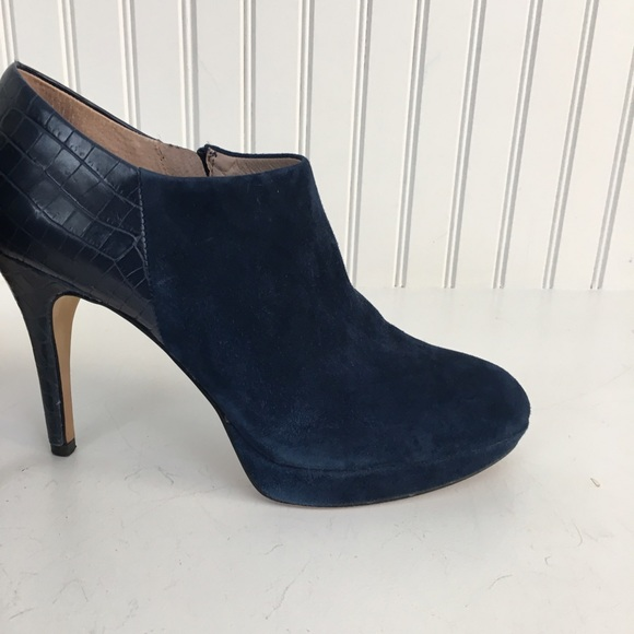Vince Camuto Vince Camuto Quot Elvin Quot Navy Suede Ankle Boots