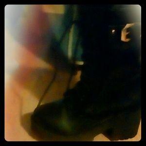 Shoes - Womans leathe boots size 7