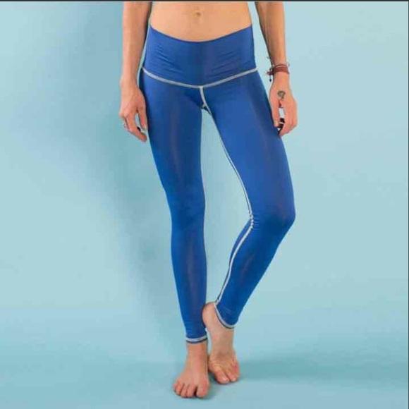 Teeki Leggings Teeki Yoga Hot Pants