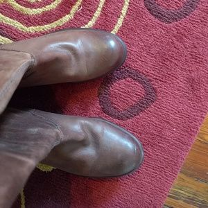 Anthropologie Shoes - Anthropologie leather bow boot, knee length size 6