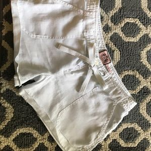 Juicy Couture White Linen Shorts