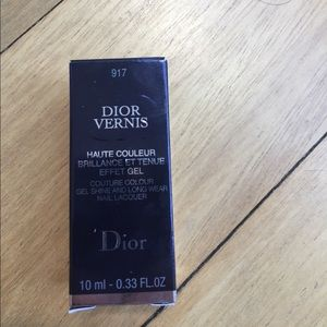 Dior Conture Colour Gel Shine and Long Wear Nail