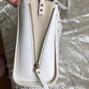 Ann Taylor Bags - Ann Taylor leather cross body bag